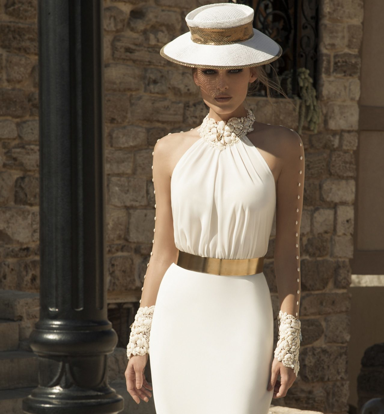 Abiti Eleganti Con Cappello.Cappelli Sposa I Modelli Piu Eleganti Wedding Season