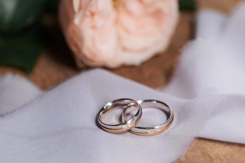 Italian Style Wedding nelle Marche  Grottammare - Fedi nuziali
